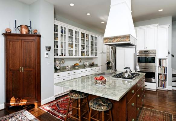 3 reasons to hire a general contractor for your next job for Kitchen 482 kensington