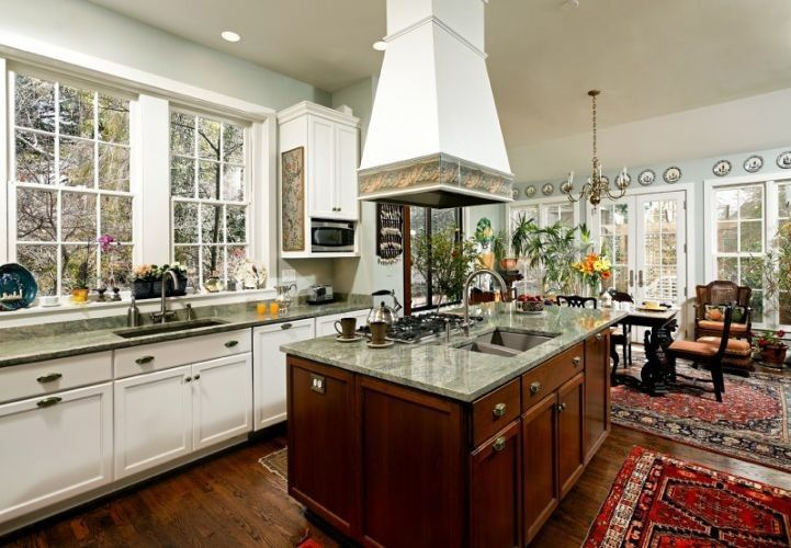 Do Not Be Afraid of Old Kitchens in Homes when Kitchen Remodeling Is a Possibility